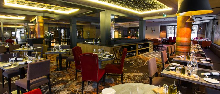 france_paradiski-ski-area_les-arcs_hotel-taj-l-mah_restaurant.jpg